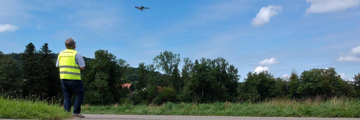 Drohnenkurse / Drohnenschule für Einsteiger und Fortgeschrittene